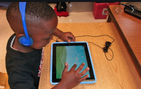 Verizon gives iPads to five schools