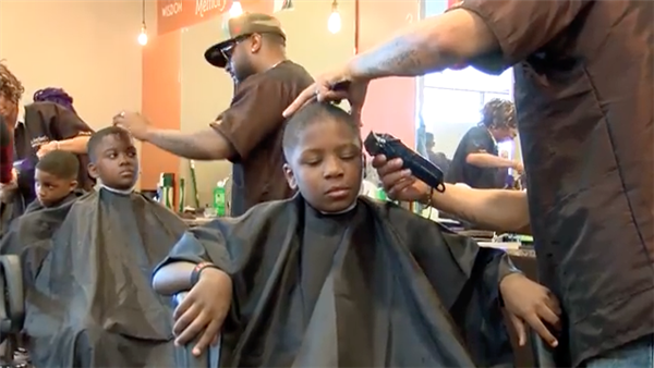 Barber shop gives Cleveland students free haircuts