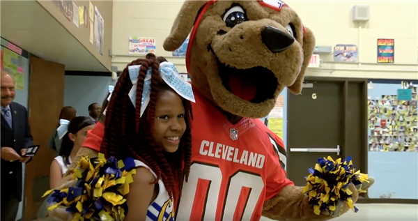 CMSD thanks the Cleveland Browns for commitment to Get2School campaign