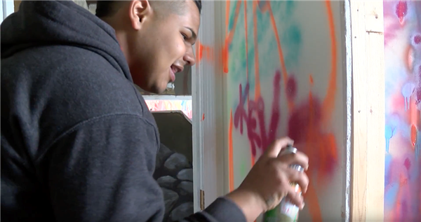 Cleveland students collaborate with local artists to transform vacant homes