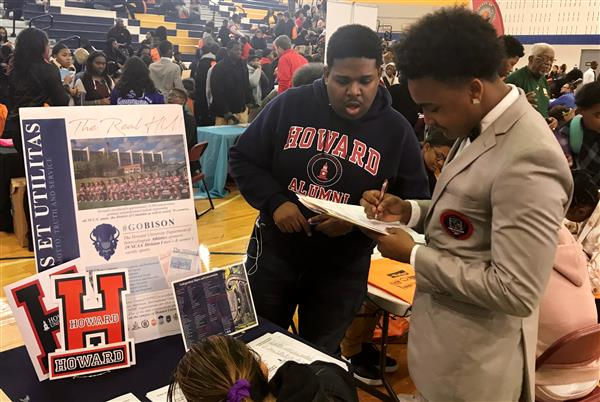 HBCU college fair shows Cleveland students possibilities