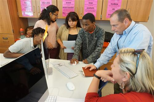 Web Corps turns John Marshall IT students into web developers