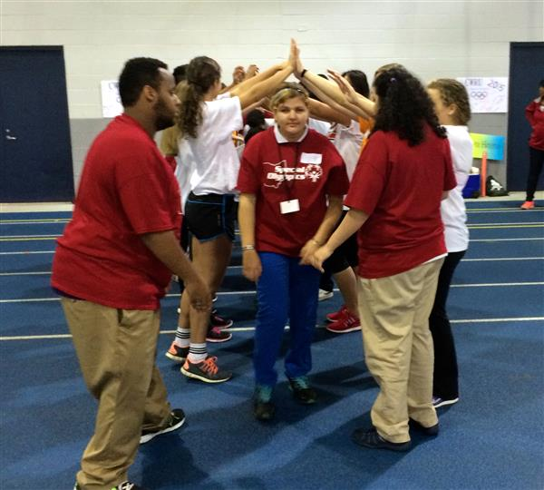 Nearly 100 students participate in Special Olympics at CWRU (photo gallery)
