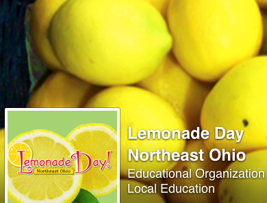 Digital Arts entrepreneurs sell lemonade downtown