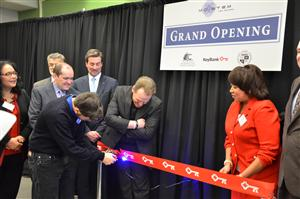 laser-ribbon-cutting